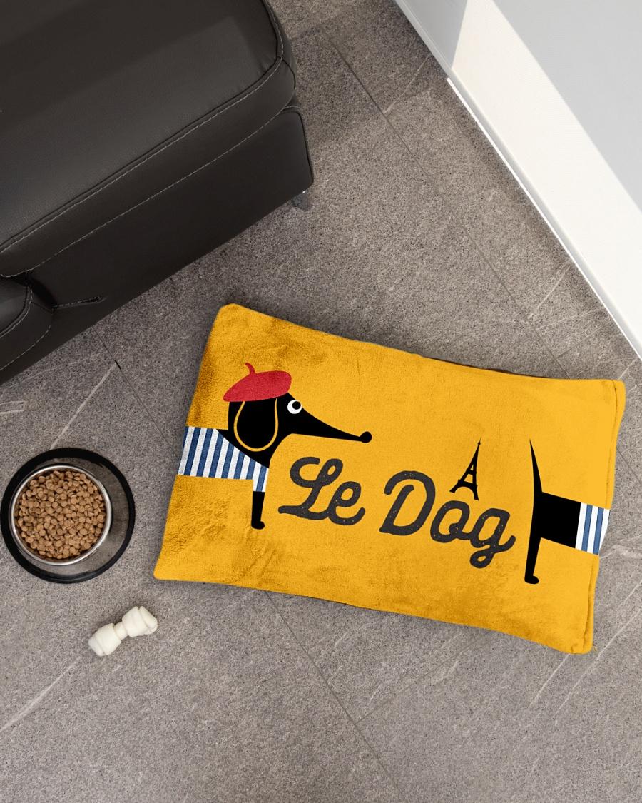 Le Dog Pet Bed